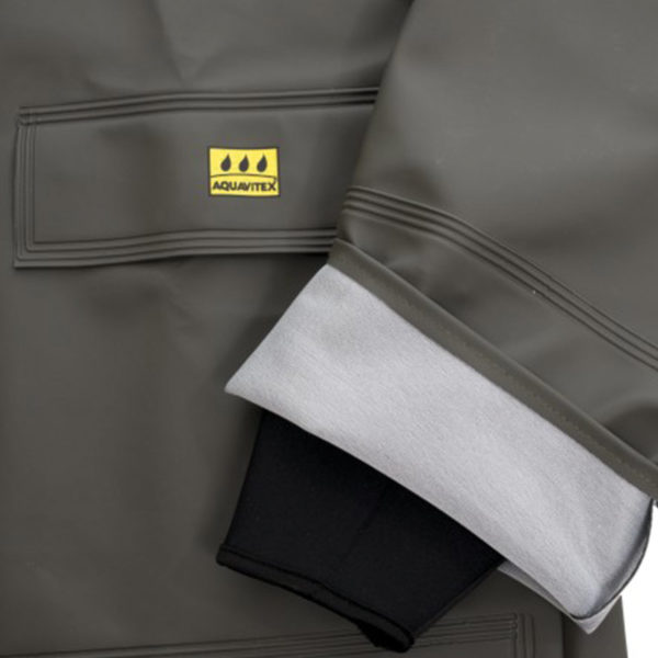 raincoat-neoprene-cuff
